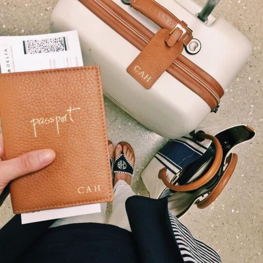 in-flight-travel-essentials-02