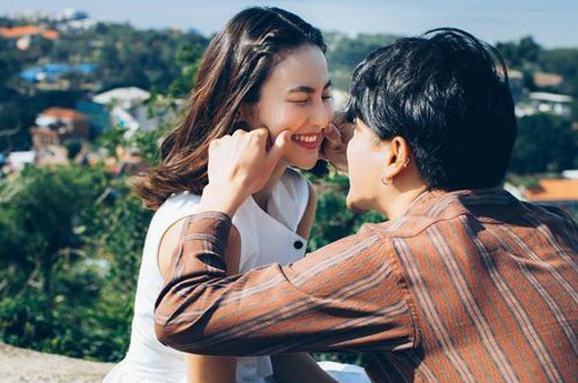 pic ให้คนโสดอิจฉาเล่น กับไอเดียถ่ายรูปคู่กับแฟน หวานอย่างเดียวไม่พอ ต้องดูชิคด้วย