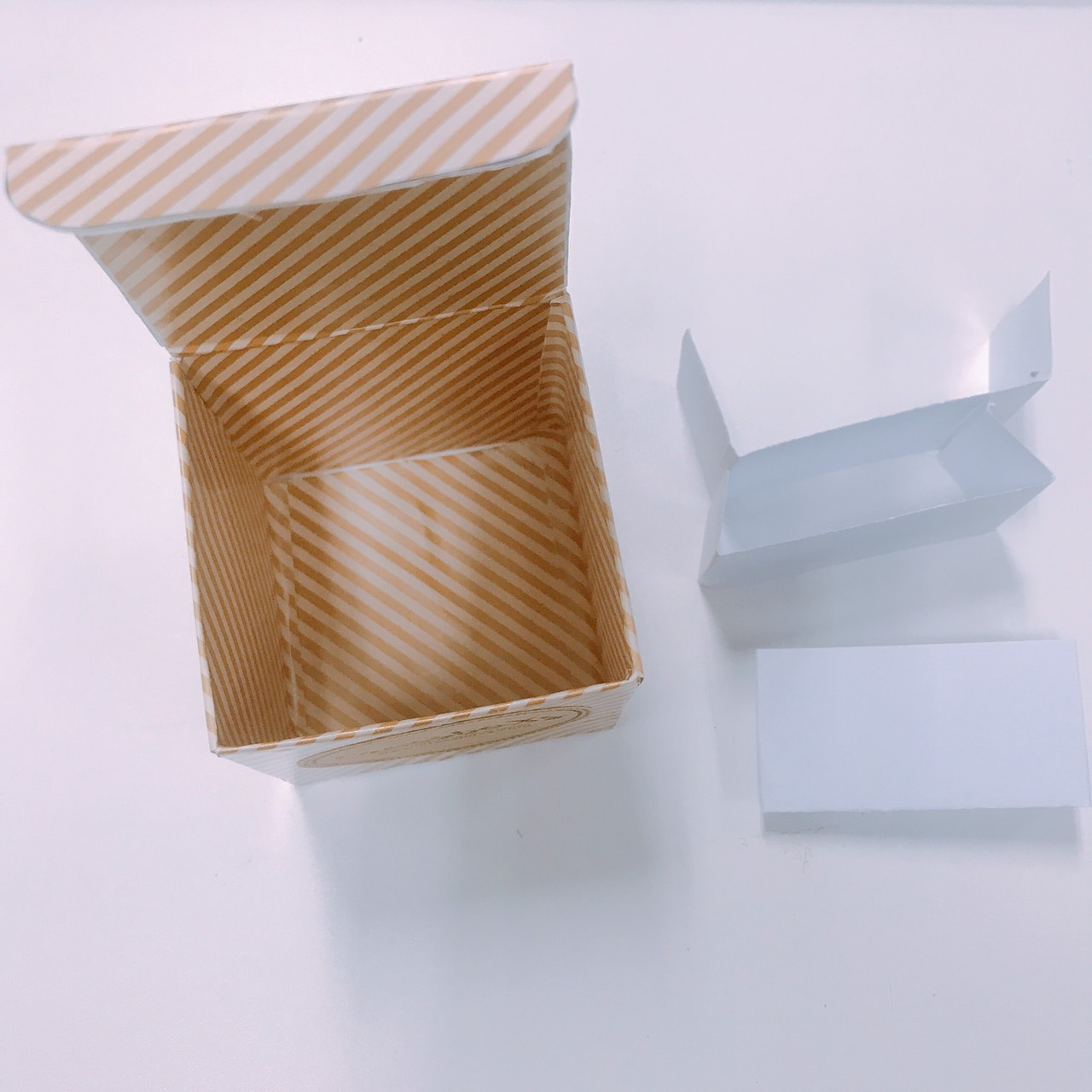 pop-up-box-card